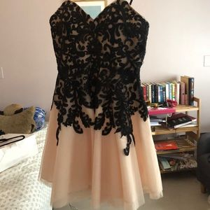 Black and White Formal Dress; Worn Once; Size: 7/8